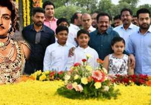 ఎన్టీఆర్ 95వ జయంతి: నందమూరి కుటుంబం ఘనమైన నివాళి