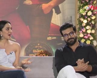 Kiara Advani Funny Comments On Ram Charan @VVR Movie Team Interview