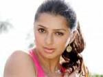 Actress Bhumika Lost Rs 1 5 Cr Yagam