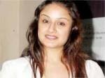 Sonia Agarwal Krish Vedam Tamil Remake