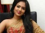 Nikisha Patel Gets Offer From Subhash Ghai 140111 Aid