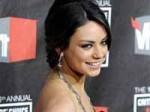 Mila Kunis Doesn T Take Awards Ceremonies 170111 Aid
