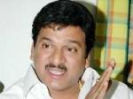 Rajendra Prasad Says Ayyare Is Not Based 150411 Aid
