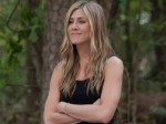 Aniston Happy About Pitt S Engagement Aid