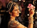 Rudrama Devi Movie Team Offers Prayers At Tirumala