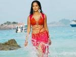 Anushka Has 1cr Fb Followers