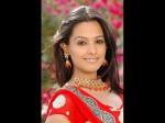 Actress Anitha Visit Srikalahasti Children