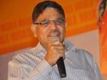 Pellichoopulu Vijay Devarakonda Signs Parasuram Film