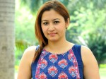Jwala Autta About Her Special Song Gunde Jari Gallamntayyinde