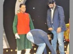 Master Ntr Taking Award From Balayya Catching His Feet