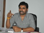 Maruthi New Movie Aakali Rajyam Lo Anthu Leni Katha