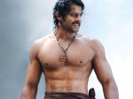 Prabhas Appear Six Pack Body Again Saaho