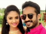 Anchor Sreemukhi Ravi Dance Make Merry