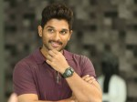 Allu Arjun Stylish Look At Samantha Naga Chaitanya Reception