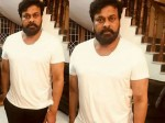 Chiranjeevi Shocks With New Look Sye Raa Narasimha Reddy