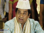 Brahmanandam Satires On Suma At Mla Pre Release