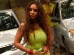 Sri Reddy On Saroj Khan Want Be Slave Producers