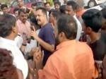 Bjp Cadre Try Attack Actor Shivaji At Gannavaram Airport