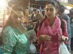 Sara Ali Khan Street Shopping Hyderabad