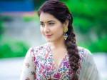 Raashi Khanna Play Jayapradha Role Ntr Biopic