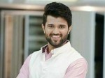 Vijay Deverakonda Looking Janhvi Kapoor His Next