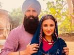 Kesari First Look Akshay Kumar With Parineeti Chopra