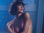 Esha Gupta Denies Being Friends With Hardik Pandya