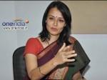 Akkineni Amala Play Guest Role Nagarjuna S Manmadhudu