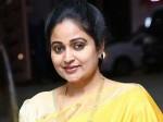 Tdp Leader Divya Vani Comments On Mega Star Chiranjeevi Pawan Kalyan