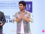 Allu Sirish Gets Crossover Star Award