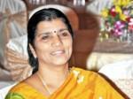 Lakshmi Parvathi Shocking Comments At Ntr Ghat