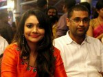 Anchor Rimi Tomy And Royce Kizhakoodan Filed Divorce Petition