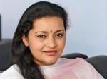 Renu Desai Fire On Telugu Website