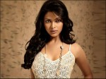 Amala Paul Ready To Romance With Dr Rajasekhar