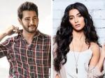 Pooja Hegde Will Perform In Mahesh Babu S Sarileru Neekevvaru