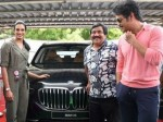 Akkineni Nagarjuna Gives A Costly Car To P V Sindhu