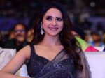 Rakul Preet Singh Un Happy In Cinemahotsavam