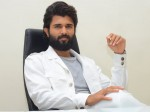 Vijay Deverakonda I Dont Cast For A Remake If So It S Deatj For Me