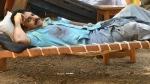 ఒంటి నిండా దెబ్బలతో పవన్ కల్యాణ్.. నులక మంచం మీద పడుకుని కనిపించిన స్టార్ హీరో
