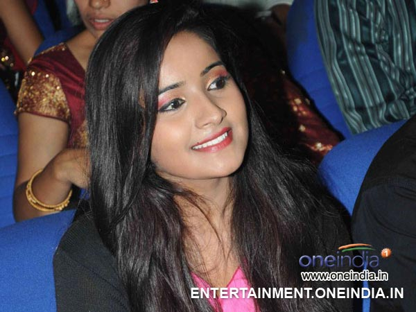 Young Actress Vindhya Attempts Suicide