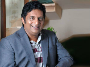 Prakash Raj out from Aagadu?