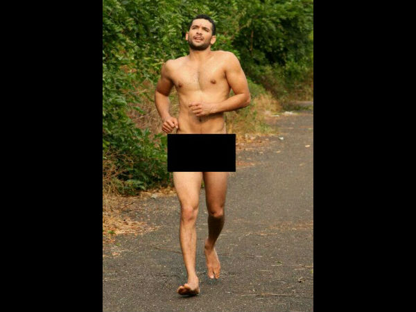 See Photo: Diganth Goes Nude For Yogaraj Bhat's Parapancha