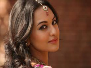 After Rajinikanth Lingaa Sonakshi Sinha Will Pair With Dhanush