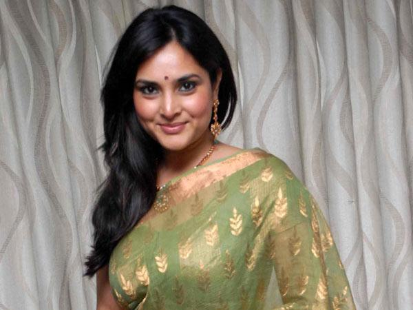 Ramya gets busy now