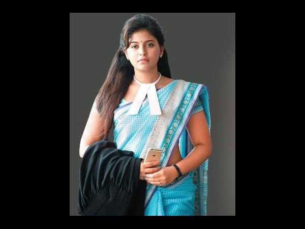 Anjali in Lawyer role
