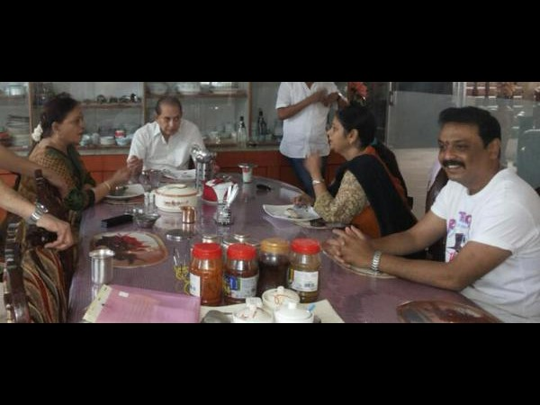 Sahaja Nati Jayasudha breakfast meet with Superstar