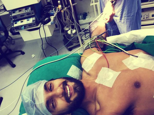 Ranveer Singh shares selfie from the operation theatre
