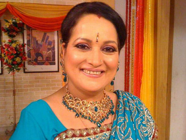 Cheating case against Actress Himani Shivpuri