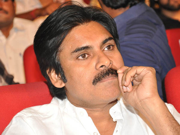 Gabbar Singh 2 director received Pawan mangoes