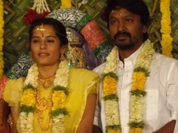 Tamil actor applies for divorce